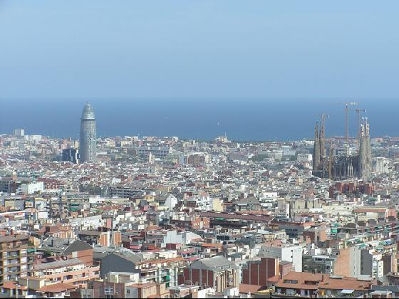 1649694-View_from_park_Guel-Barcelona
