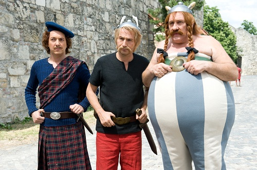 Asterix si Obelix – In slujba Majestatii Sale (2012) – film facut de francezi ca sa faca misto de englezi