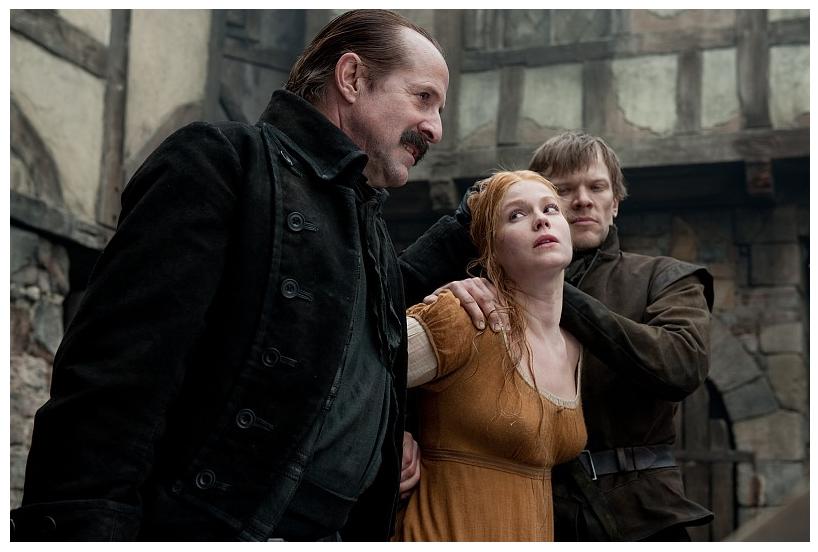 Hansel și Gretel (2013) – măcel cu vrăjitoare